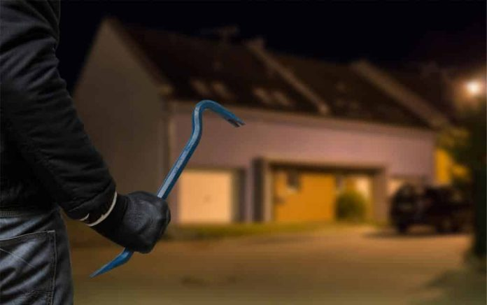 What a robber looks for when canvassing your home…