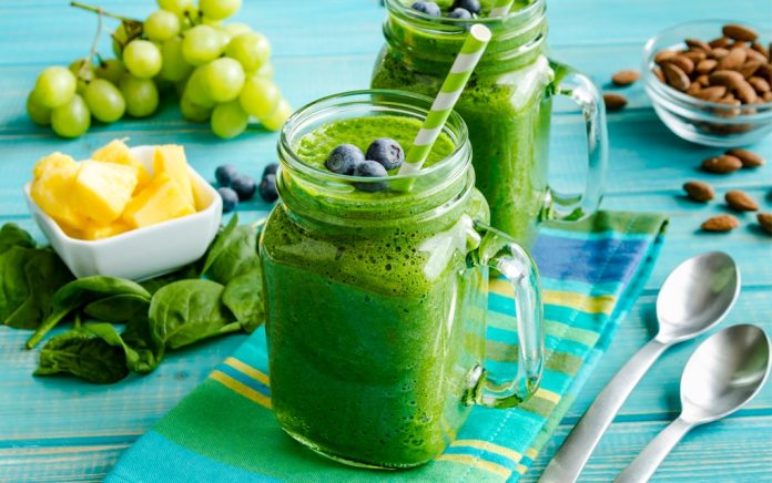 Super Kale Smoothies And Why It's So Popular...